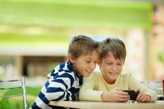 Jeux de téléphone Photos libres de droits