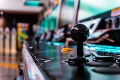 Jeux vidéo maniaques de jeu d'arcade pour toujours images libres de droits