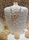Jewelery στο διακοσμητικό ομοίωμα Στοκ εικόνες με δικαίωμα ελεύθερης χρήσης