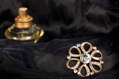 Jewelry and perfume Royalty Free Stock Photography