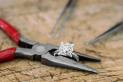 Jewelry Repair Royalty Free Stock Photography