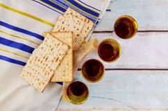 Jewish holiday Wine and matzoh - elements of jewish passover supper Royalty Free Stock Photos