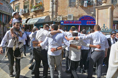 Jewish men celebrate Simchat Torah Stock Photography