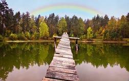 jeziora krajobrazowy tęczy drewno Fotografia Royalty Free
