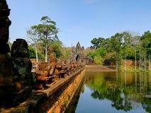 jeziora wokoło angkor wata kompleksu obraz stock