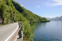Jeziorna boczna droga na Como jeziorze, Włochy Zdjęcie Royalty Free