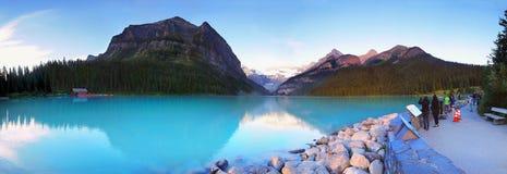 Jeziorna Louise panorama, Banff park narodowy, Kanada zdjęcia stock