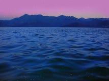 jeziorna noc Zdjęcie Royalty Free