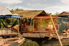 Jeziorna Tonle aprosza, Kambodża obraz stock
