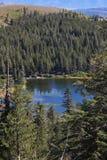 jeziorna wspaniała góra obraz royalty free