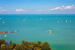 Jeziorny Balaton z udziałami statki Obraz Stock