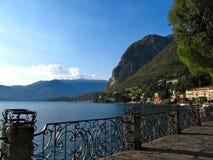 Jeziorny Como deptak zdjęcia stock