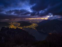 Jeziorny Como krajobraz nocą obrazy royalty free