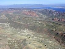 Jeziorny dwójniak i góry Obraz Stock