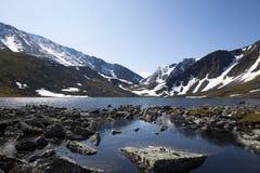 jeziorny halny skalisty Zdjęcia Royalty Free