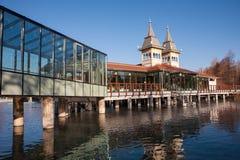 Jeziorny Heviz jest 2nd wielkim naturalnym termicznym jeziorem wewnątrz Zdjęcia Royalty Free