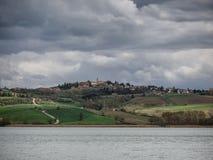 Jeziorny lago Di Chiusi w Tuscany Obrazy Royalty Free