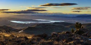 Jeziorny Lahontan i srebra wiosen wschód słońca zdjęcie stock