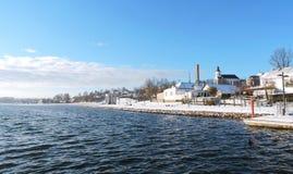 Jeziorny Mastis i stwarza ognisko domowe w Telsiai mieście, Lithuania obrazy royalty free
