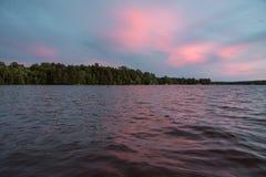 Jeziorny Muskoka podczas zmierzchu Obrazy Stock