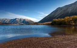Jeziorny Pearson, Moana Rua rezerwat dzikiej przyrody lokalizować w Craigieburn lasu parku w Canterbury regionie/, Południowa wys Zdjęcie Royalty Free