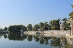 Jeziorny pejzaż miejski Udaipur India Obrazy Stock