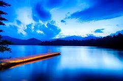 jeziorny santeetlah w wielkiej dymiących gór północy Carolina zdjęcie stock