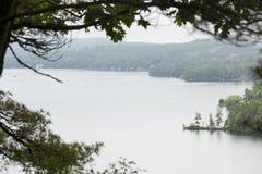 Jeziorny Sunapee od Clark lądowania w Nowym Londyn, New Hampshire obraz stock
