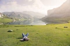jeziorny target999_0_ Covadonga obrazy royalty free