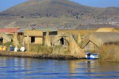 Jeziorny Titicaca a zdjęcia royalty free