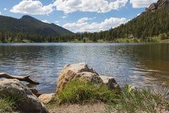 Jeziorny widok Skalistej góry park narodowy zdjęcia royalty free