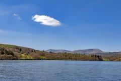 Jeziorny Windermere w Jeziornym Gromadzkim parku narodowym, Południowy Lakeland, Północno Zachodni Anglia, UK Fotografia Stock