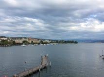 Jeziorny Zurich od BÃ ¼ rkliplatz, Szwajcaria Zdjęcie Stock
