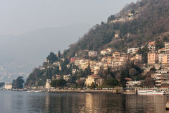 JEZIORO COMO, ITALY/EUROPE - LUTY 21: Jeziorny Como w Włochy na Fe Obrazy Royalty Free