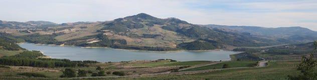 Jezioro Guardialfiera Molise Campobasso Włochy fotografia stock