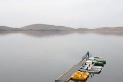 Jezioro i molo Zdjęcie Royalty Free