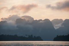 Jezioro i moutain obrazy royalty free