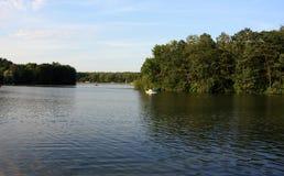 Jezioro i natura w ładnym Fotografia Royalty Free