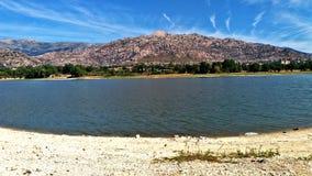 Jezioro i widoki górscy w Hiszpania zdjęcia stock