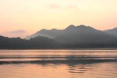 jezioro krajobraz Zdjęcia Stock