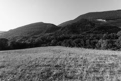 Jezioro krajobraz, czarny i biały Obrazy Stock