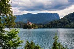 Jezioro Krwawiący i sławna wyspa obrazy royalty free