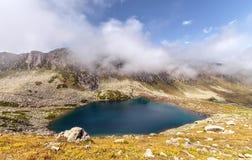 Jezioro na plateau na Kackar górach w Czarnym Dennym regionie, Turcja zdjęcia stock