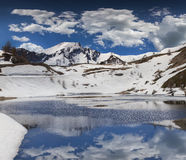 Jezioro na przepustki Col De Vars, Alps, Francja obraz stock