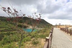 Jezioro na wierzchołku wzgórze, adobe rgb Zdjęcia Royalty Free