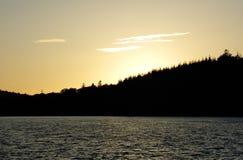 jezioro nad zmierzchem Zdjęcie Stock