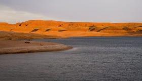 jezioro Powell wzgórza spalania r Zdjęcia Royalty Free