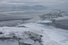 Jezioro przy zimą Obrazy Royalty Free