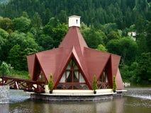 jezioro Romania budynku. Fotografia Royalty Free