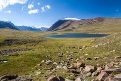 Jezioro w Arabel dolinie. Tien shan obrazy royalty free